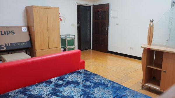 二中 日盛大套房 7000元台中市北區套房出租-照片5