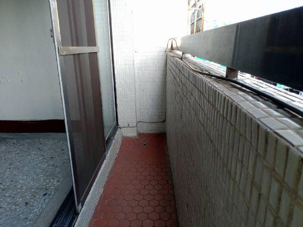 英才2房公寓6800元台中市北區公寓出租-照片7