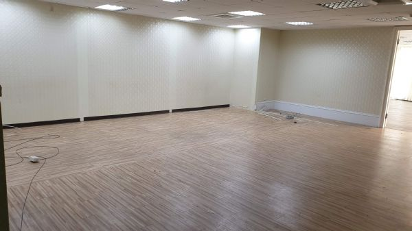 崇德家樂福77.7坪辦公大樓 3.5萬元台中市北區辦公室出租-照片3