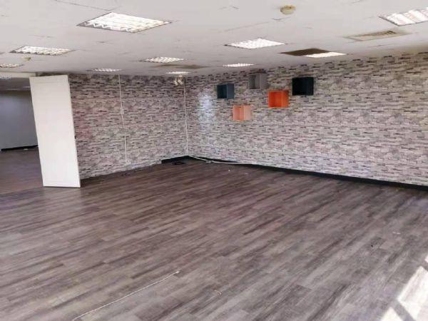 崇德家樂福77.7坪辦公大樓 3.5萬元台中市北區辦公室出租-照片8