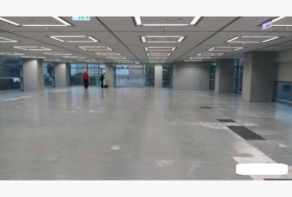 A辦公室87519898挑高4米企業首選台北市中山區辦公室出租-照片4