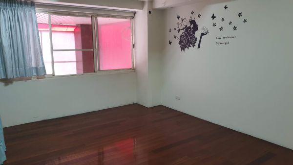 松竹商圈4房+車位 店面 3.2萬台中市北屯區店面出租-照片3