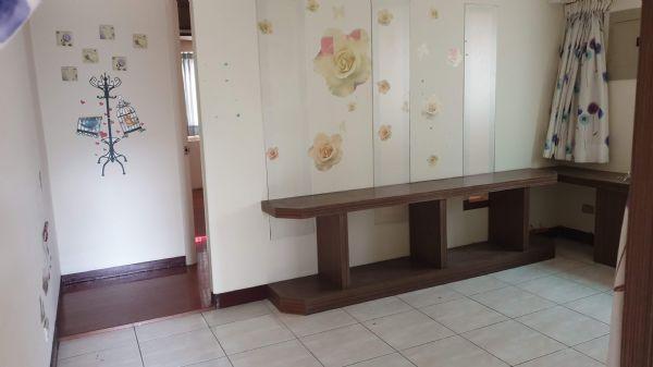 松竹商圈4房+車位 店面 3.2萬台中市北屯區店面出租-照片5