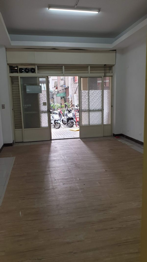 松竹商圈4房+車位 店面 3.2萬台中市北屯區店面出租-照片8