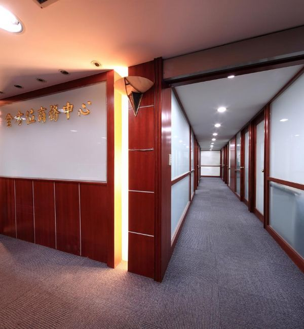 夯精選黃金地段小型辦公室、交通便捷台北市大安區辦公室出租-照片4