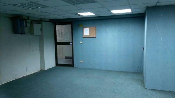 中正實業大樓台中市西區辦公室出租-照片6