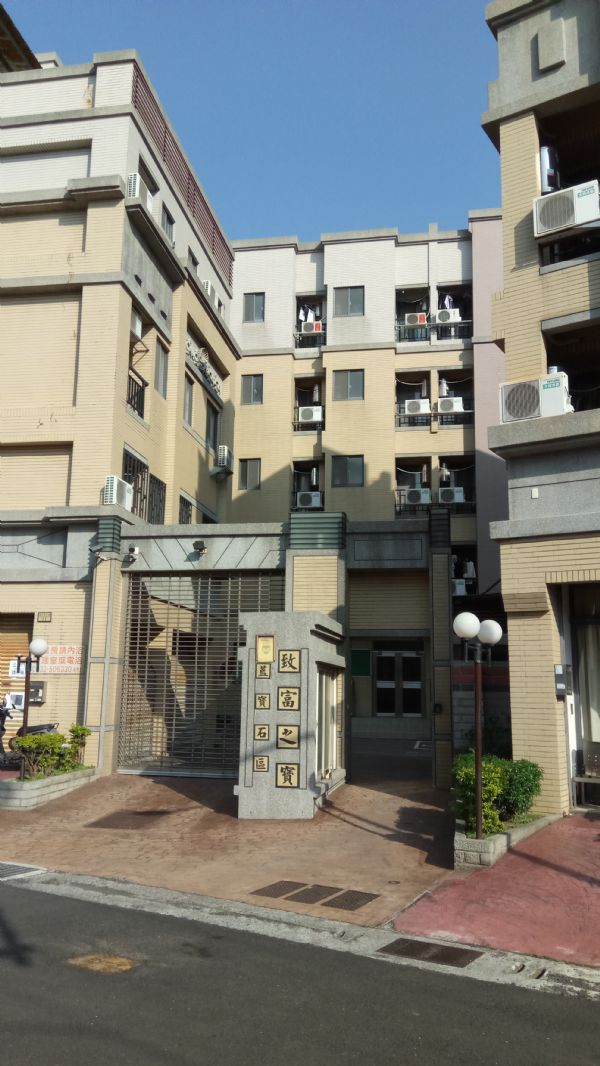 致富藍寶石區台中市沙鹿區套房出租-照片7