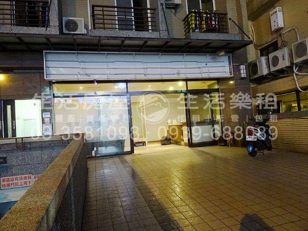 楓林格社區頂讓新竹縣竹北市店面出租-照片2